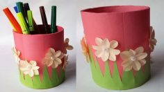 File:Origami pencil pen holder.jpg - Wikimedia Commons | 133x236