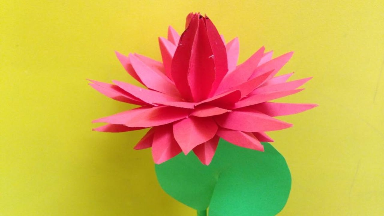 How to Make a Lily | Origami - YouTube | 720x1280